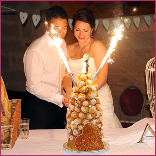 Gold Wedding Cake Sparklers